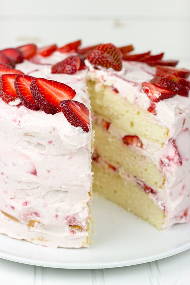 Fresh-Strawberry-Cake3-jpg