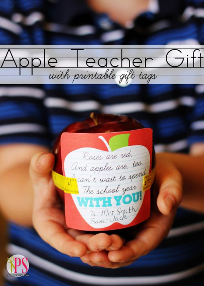 First Day of School Apple Gift {free printable}