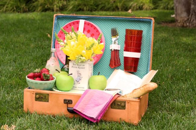 Turn an Old Suitcase into a Picnic Basket