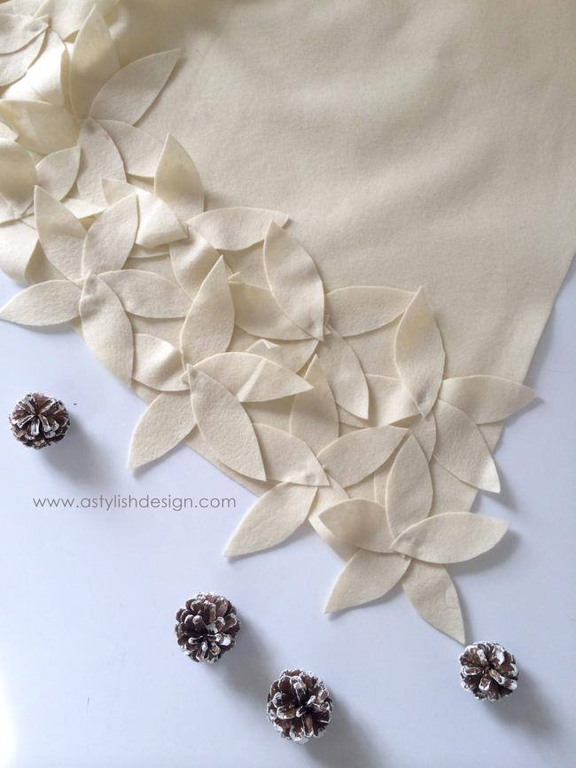 DIY Flower Petal Tree Skirt