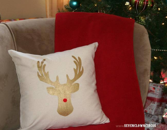 No Sew Deer Silhouette Pillow