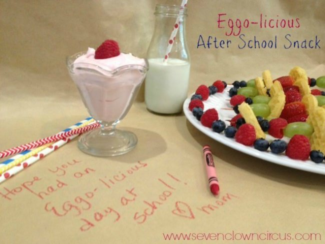 Mini Waffle Fruit Kabobs & Yogurt Dip {after school snack}