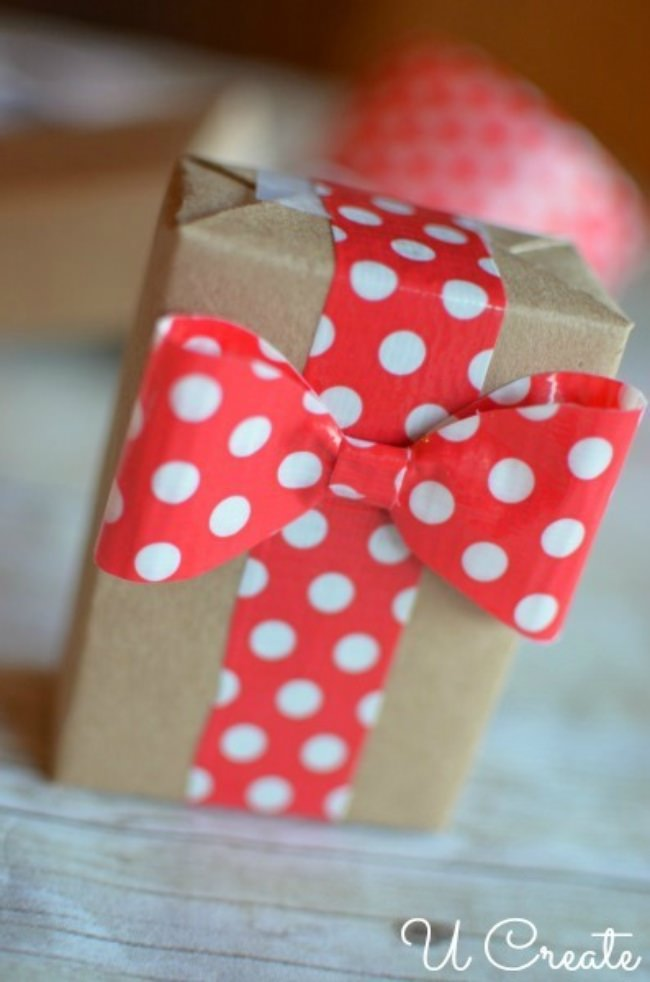 Duct Tape Gift Wrap Bows