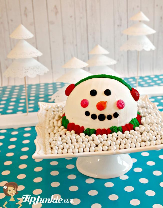 Amazing Snowman Cake Design from Baskin Robbins!