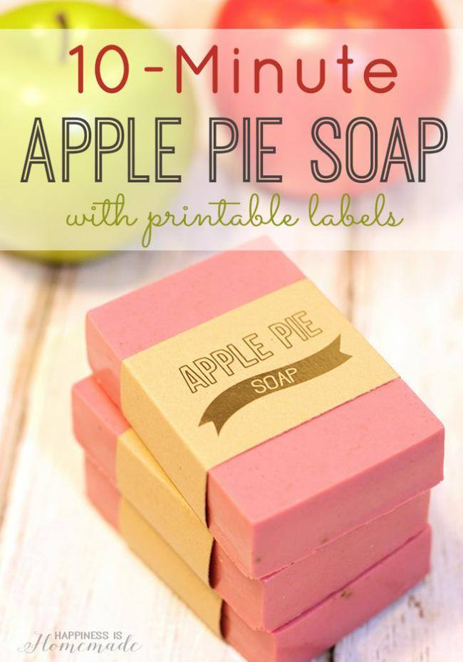 10-Minute-Apple-Pie-Soap-with-Printable-Labels-715x1024-jpg