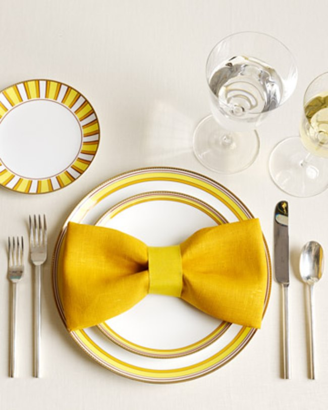 13 Ways to Fold a Napkin Fancy
