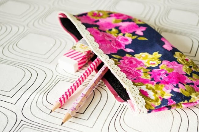 DIY No-Sew Pouch