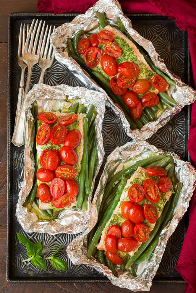 pesto-salmon-and-italian-veggies-in-foil3-srgb--jpg