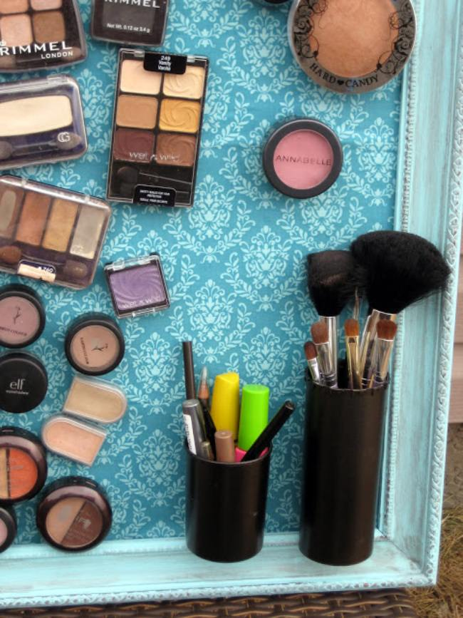 How to Create a Magnetic Makeup Organizer {organize}