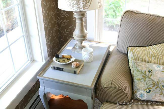 Rub 'N Buff Side Table Makeover