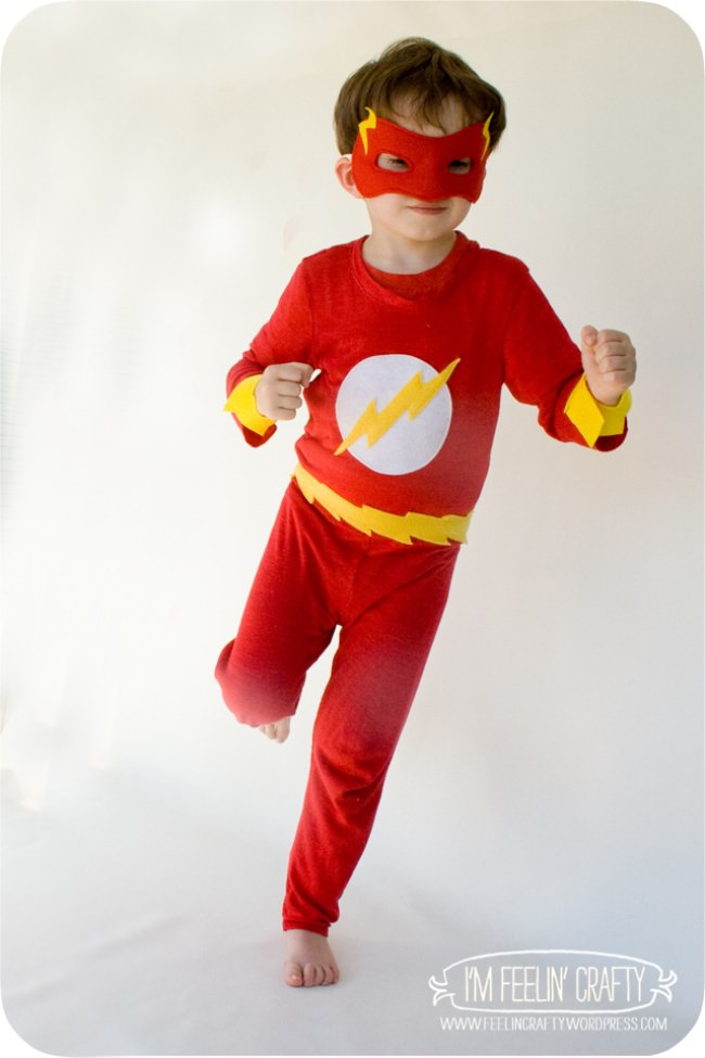 15 diy superhero costume ideas tip junkie homemade flash costume solutioingenieria Choice Image