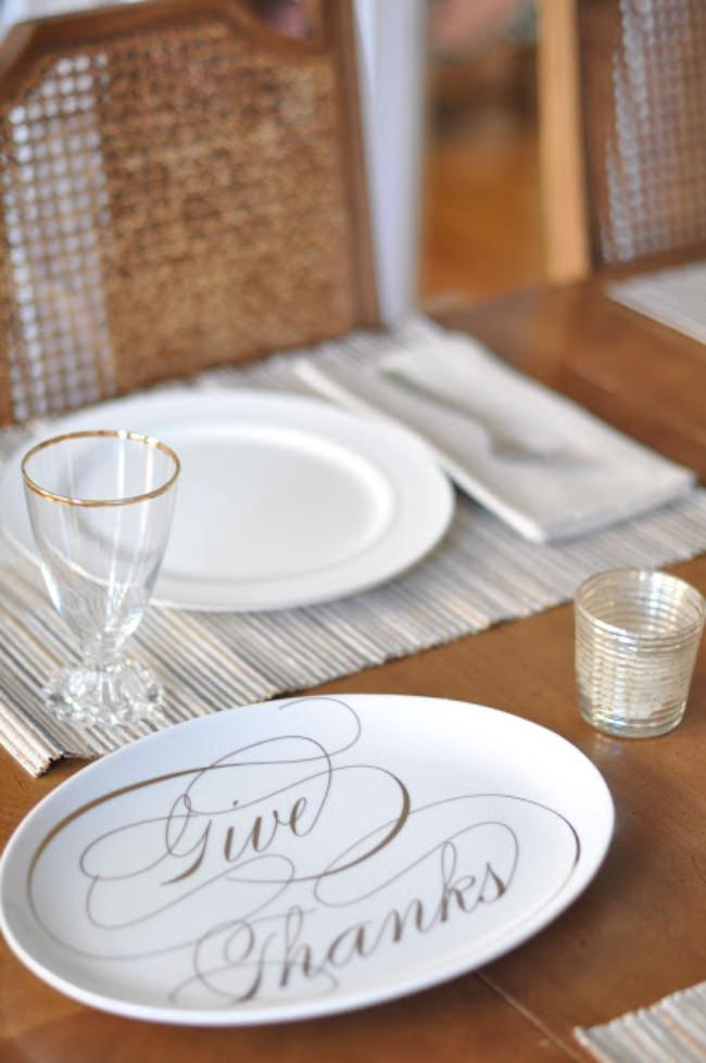 Beautifully Simple Thanksgiving Tablescape {Thanksgiving Table}