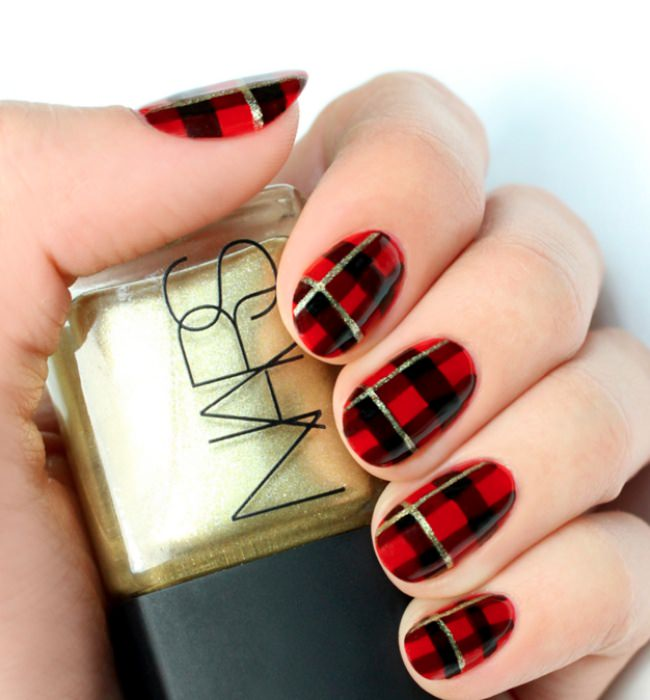 Black & Red Plaid Nail Art