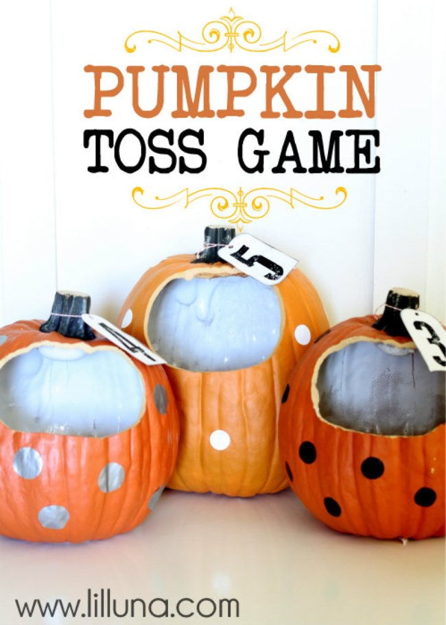 Pumpkin Toss Game {Halloween Games}