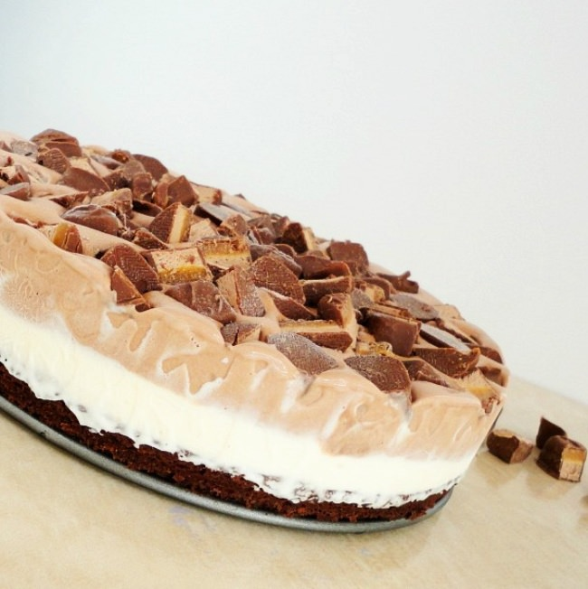 Ice Cream Milky Way Brownie Pie