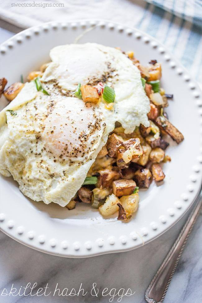 Fried Egg Cheesy Veggie Homefries Skillet