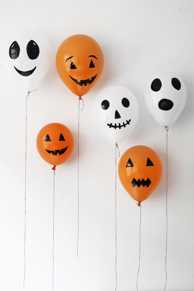 Halloween party balloons