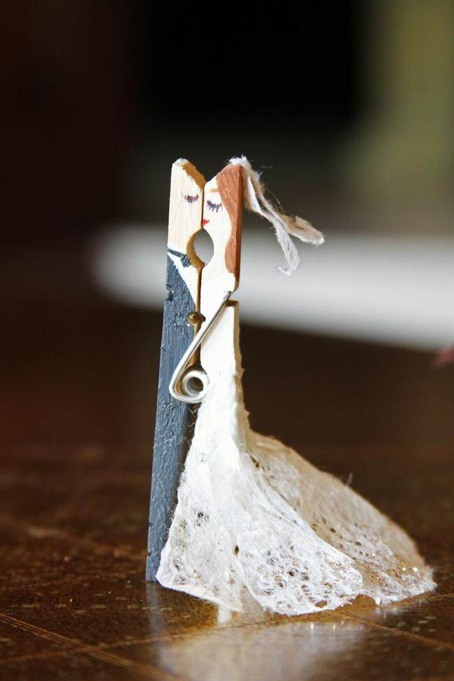 how to make clothespin people