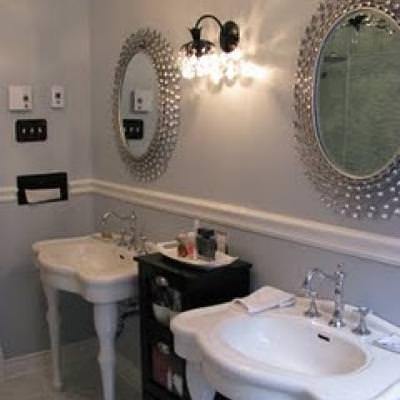 Bathroom DIY renovation {before and after}