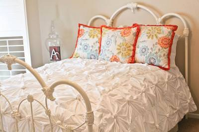 DIY Anthropologie Bedding {step by step tutorial}