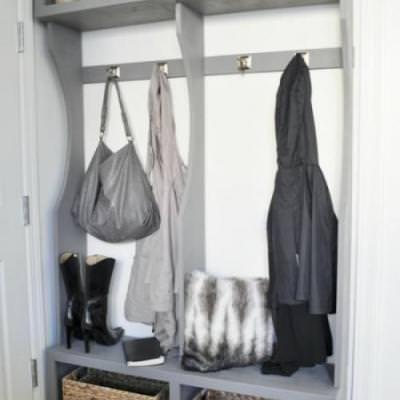 DIY Entryway Locker System {mudroom}