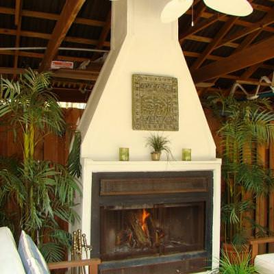 How to Create a $200 Outdoor Fireplace {outdoor fireplace}