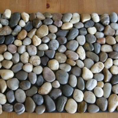 How to Make a Pebble Stone Mat {inspired by Crate & Barrel}}
