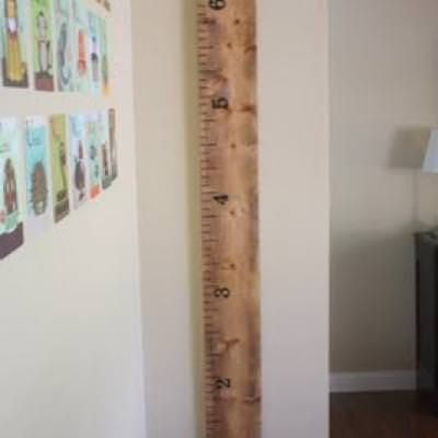 How to Make a Ruler Growth Chart {inspired by Pottery Barn Kids}