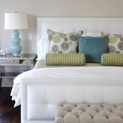 How to Make Your Bed {decorate}