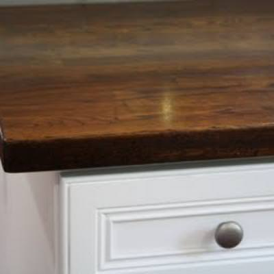 Tips on how to install stain butcher block countertops for Install butcher block countertops