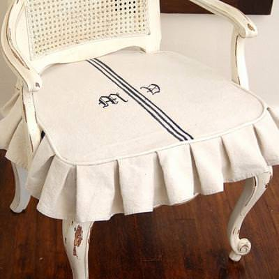 Tips on Making Slipcovers with Drop Cloths {slipcover}