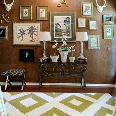 Updated Entryway and Gallery Wall {wall of pictures}