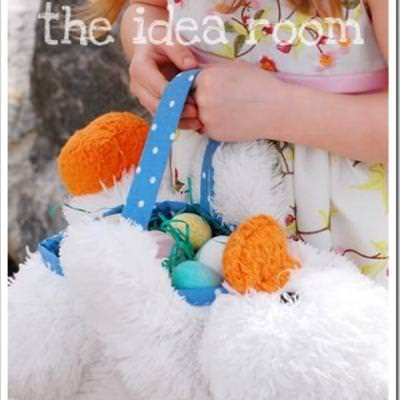 DIY Stuffed Animal Easter Baskets {Holiday Craft Tutorial}