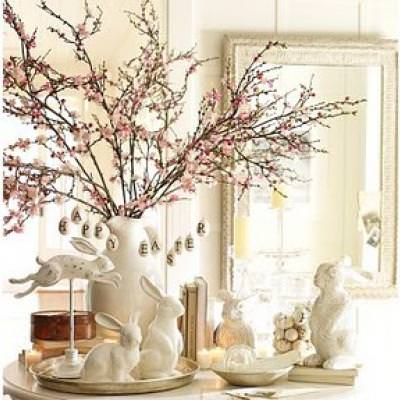 Easter Vignette {DIY Decorating}