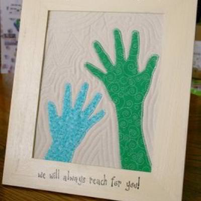 Quilted Hand Prints for Dad {fathers day projects}
