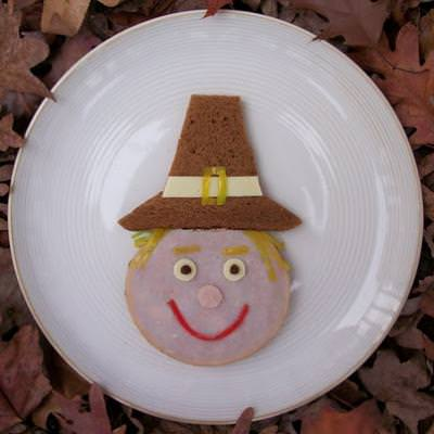 A Pilgrim Lunch {Edible Thanksgiving Crafts}