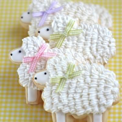 Bunny and Lamb Easter Sugar Cookies {How-To}