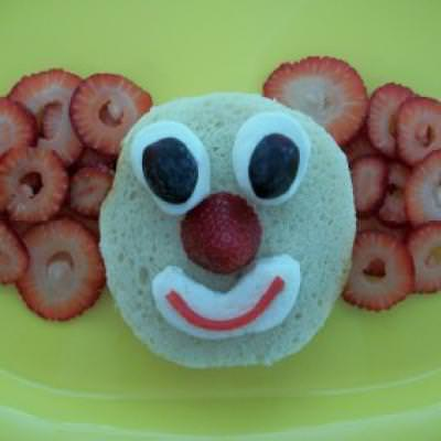 Clown Lunch {Edible Crafts for Kids}