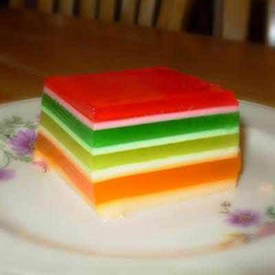 Festive Striped Jello {Fun Food}
