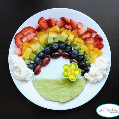 Fruit Rainbow {Easy Crafts}