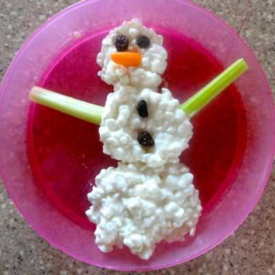 Healthy Snowman Snack {Edible Crafts for Kids}