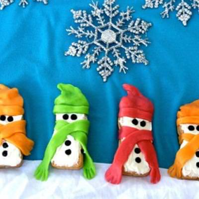 Iced Snowman Cookies {Crafts for Children}
