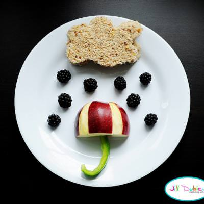 Rainy Day Lunch {Food Crafts for Kids}