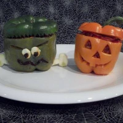 Spooky Stuffed Peppers {Halloween Food Recipes}