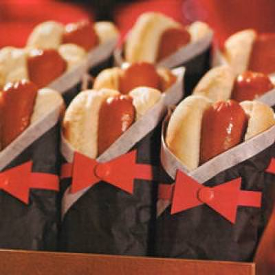 Tuxedo Hot Dogs {Oscar Party}