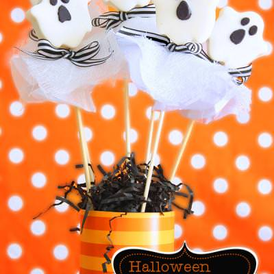 Halloween Oreo Ghost Pops {Edible Halloween Crafts}