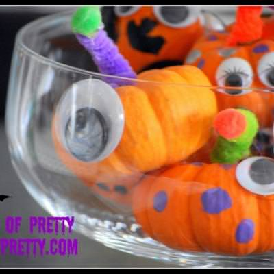 Mini Pumpkin Monsters (Kids Halloween Crafts}