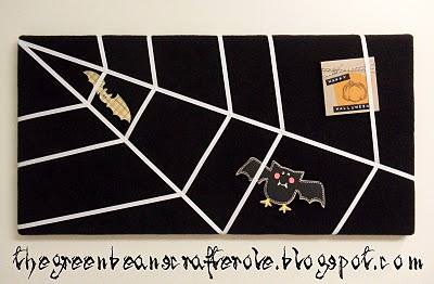 Spider Web Bulletin Board {how-to}
