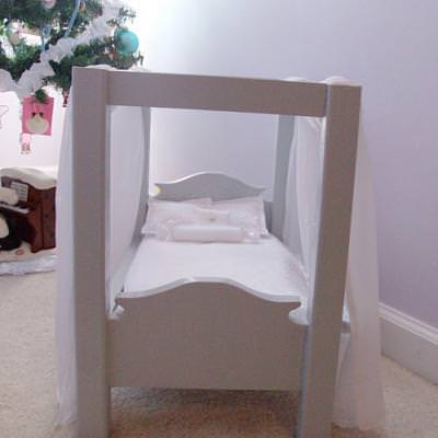 American Girl Doll Bed {DIY}