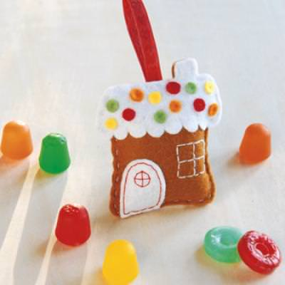 Gingerbread House Ornament {Christmas Gift Idea}